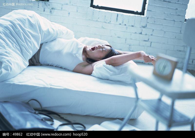 刚睡醒的美女 8图片编号:49862