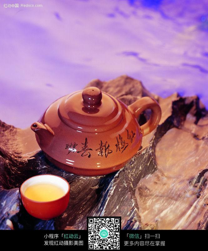 紫砂陶瓷茶壶设计图片