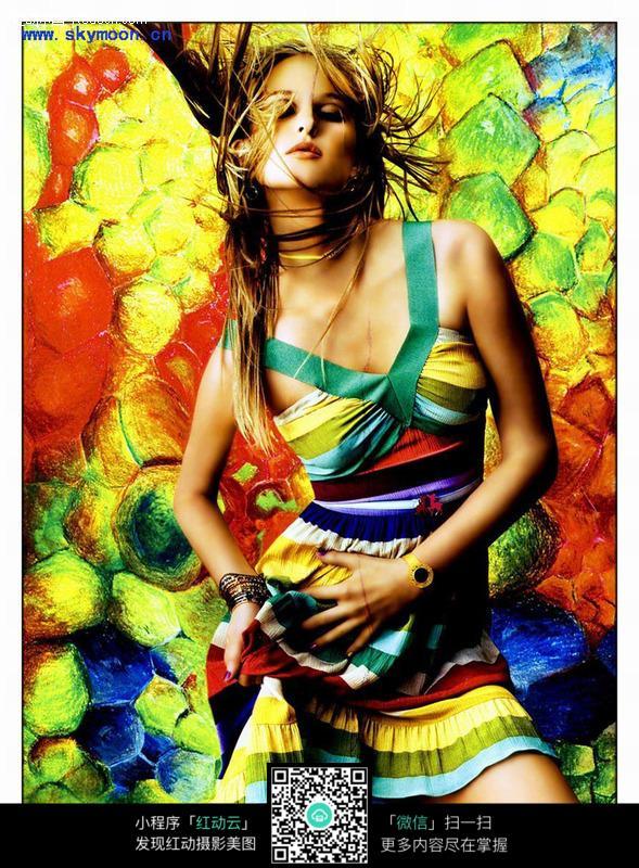 像油画一样的国外美女海报素材图片编号:103513