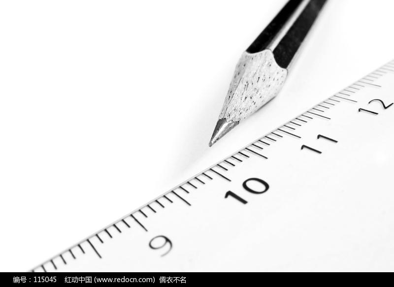 尺子与铅笔图片