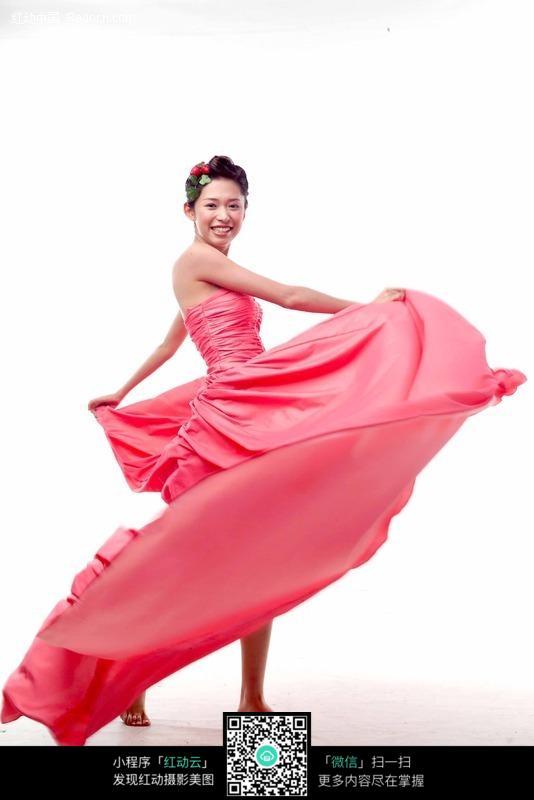 跳舞的红裙子美女图片编号:124520 女性女人