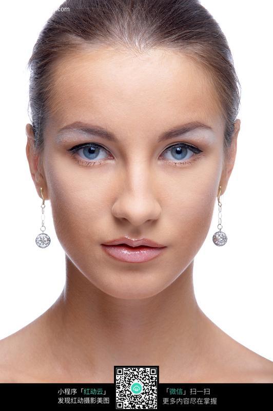 蓝眼睛美女图片图片编号:147954