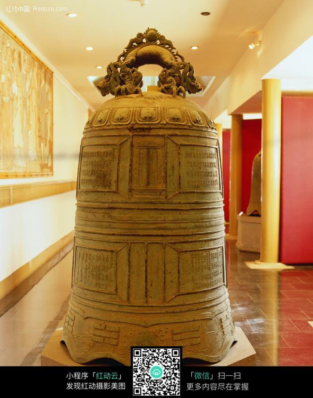 古代青铜钟设计图片