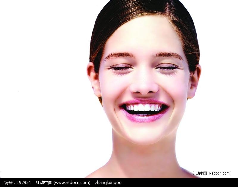 关键词:开怀大笑脸笑美女