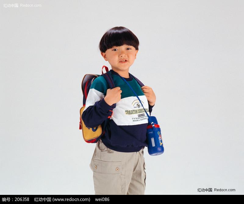 背着书包的小男孩图片(编号:206358)