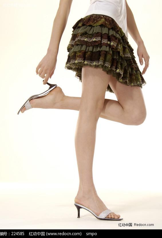 美女穿高跟凉鞋图片