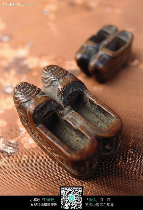 木雕古代鞋子设计图片