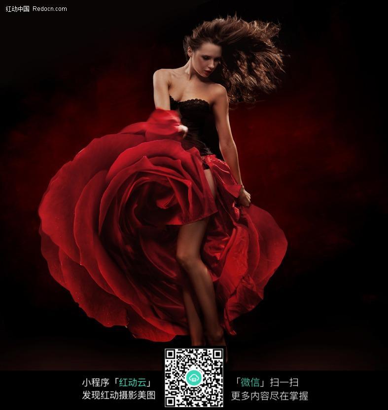 个性裙摆美女图片编号:361274 女性女人