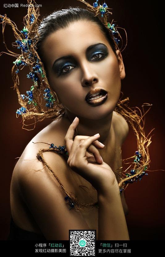 外国美女素材西欧美美人摄影图片冷艳冷艳美女图片  竖