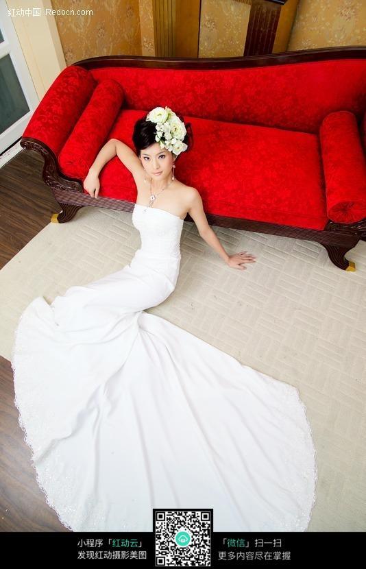 穿婚纱的美女图片编号:379783 女性女人