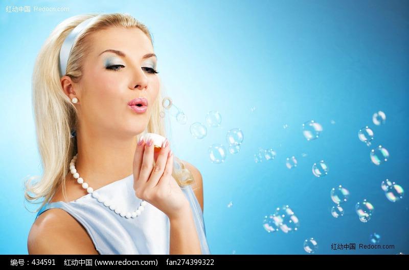 关键词:外国气泡美女金发性感诱惑唯美美女图片欧美