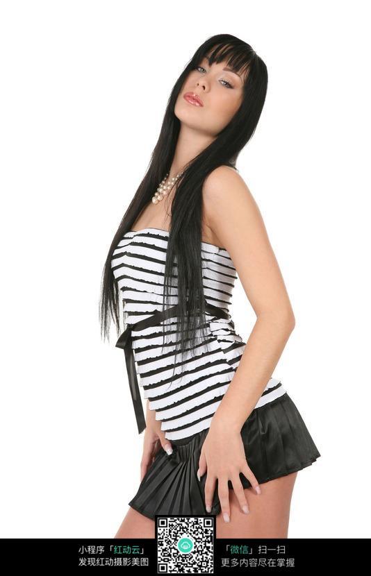 性感姿势的外国美女图片编号:454357