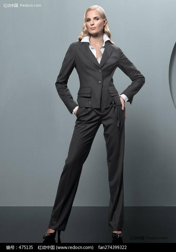 穿灰套装的职业美女... img.sucai.redocn.com 宽582x830高