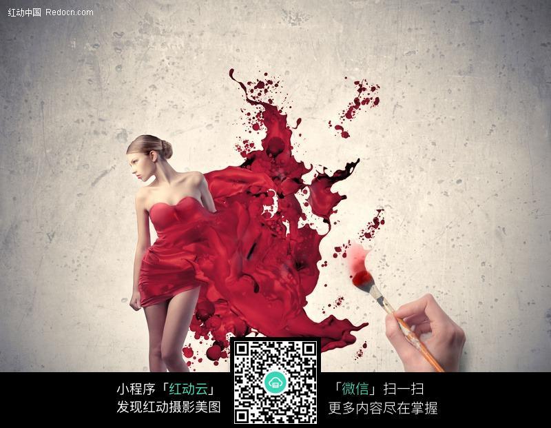 穿着红色彩绘裙子的时尚美女图片编号:488707