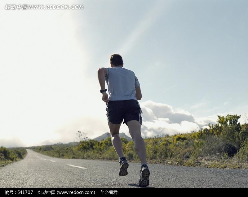 户外跑步运动_户外跑步运动设计图片