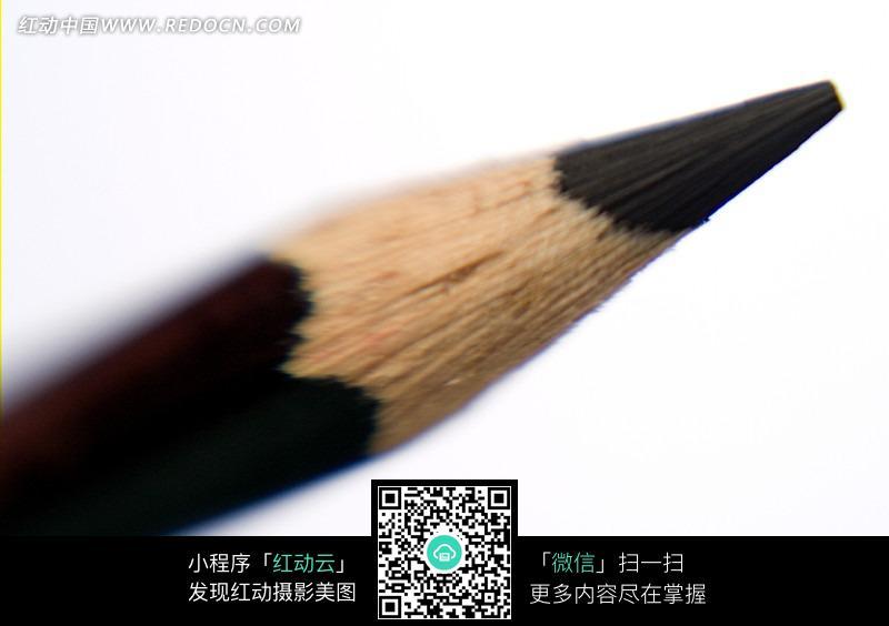 黑色铅笔笔尖特写镜头