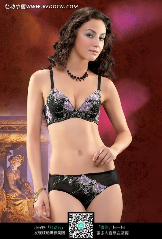 关键词:女人美女女模特内衣性感黑底紫花品质