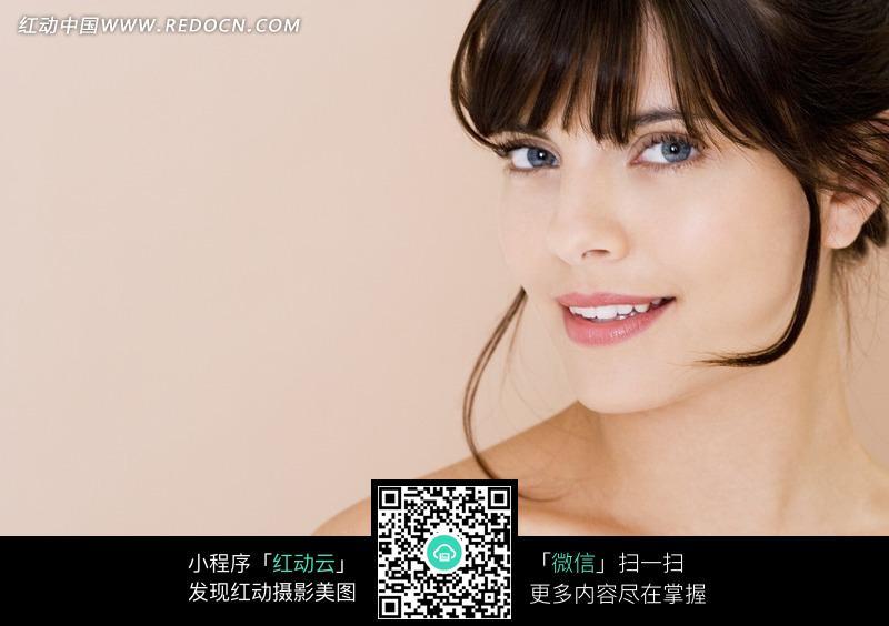 微笑女模特写真照片图片编号:645877 日常生