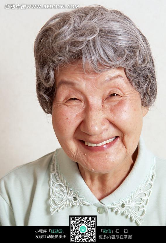 笑老人图片大全_老人笑图片图库扶老人搞笑图片智慧老人卡通