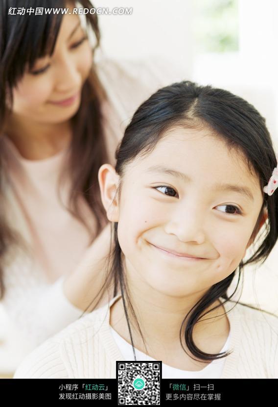 童车电动_父母背孩子感人图片_父母背孩子感人图片高清图片