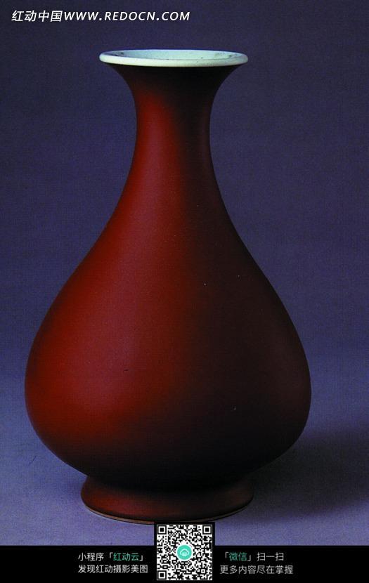 朱红色陶瓶设计图片