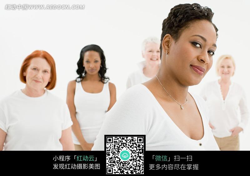肥胖的外国美女图片编号:867969 日常生活
