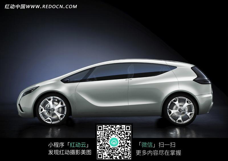 车侧面_奥迪Quattro概念车侧面定位仅次于R8奥迪Qu