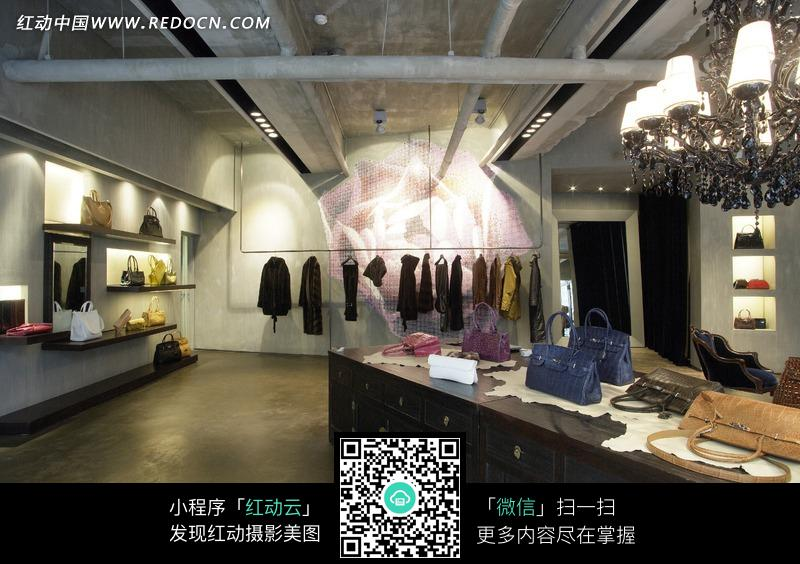 服装店内服装女包摆放展示图片 931837 珠宝服饰