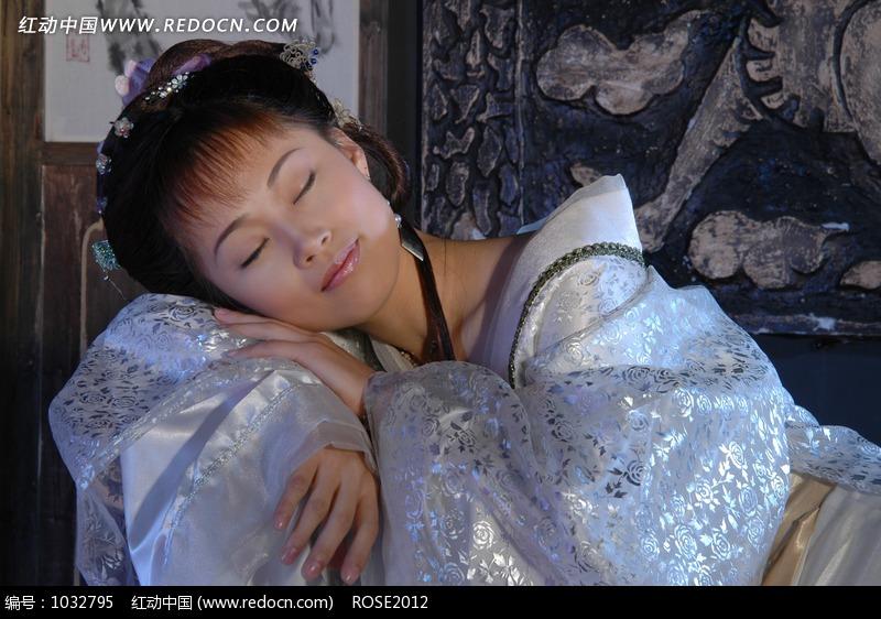 正在睡觉的古装美女图片 人物图片素材|图片库|图库