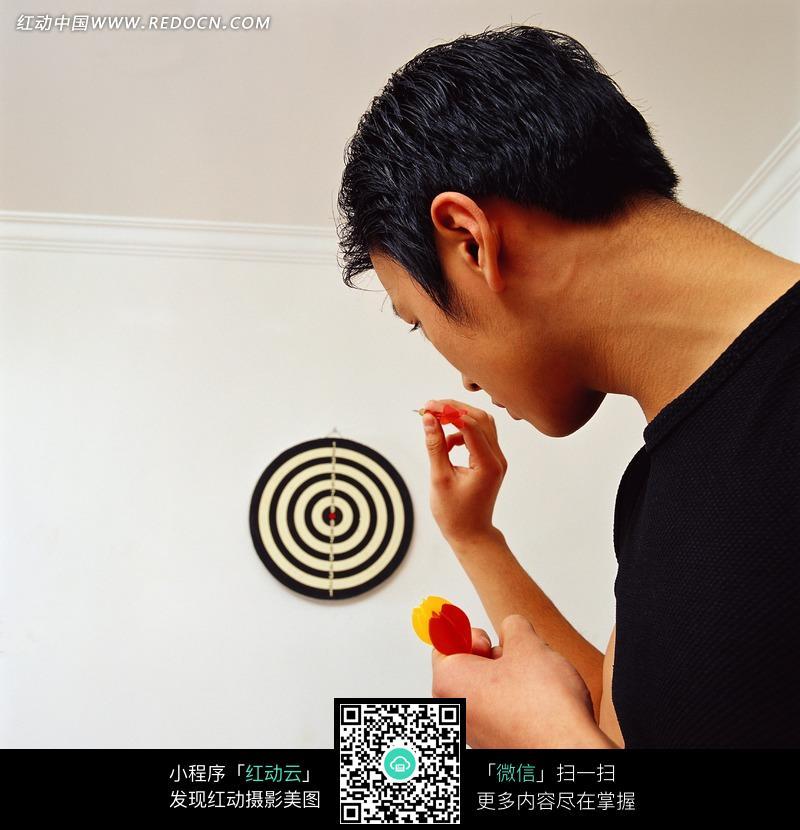 射围棋的人物图片(编号:1041091)_体育运动范廷钰飞镖图片