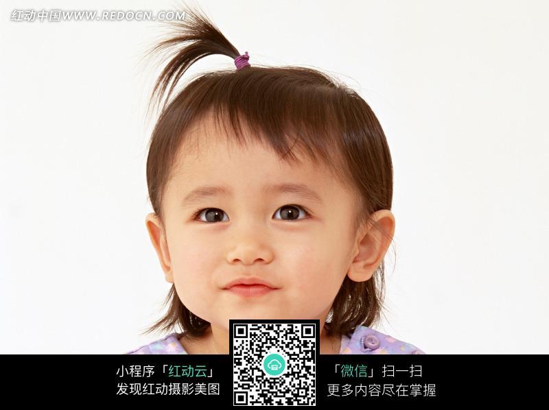 扎着把子小女孩可爱宝宝小孩儿童图片儿童照片人物
