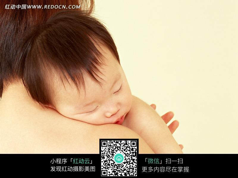 妈妈抱着小宝宝图片中国_抱着婴儿的妈妈图片素材图片ID787722_家庭