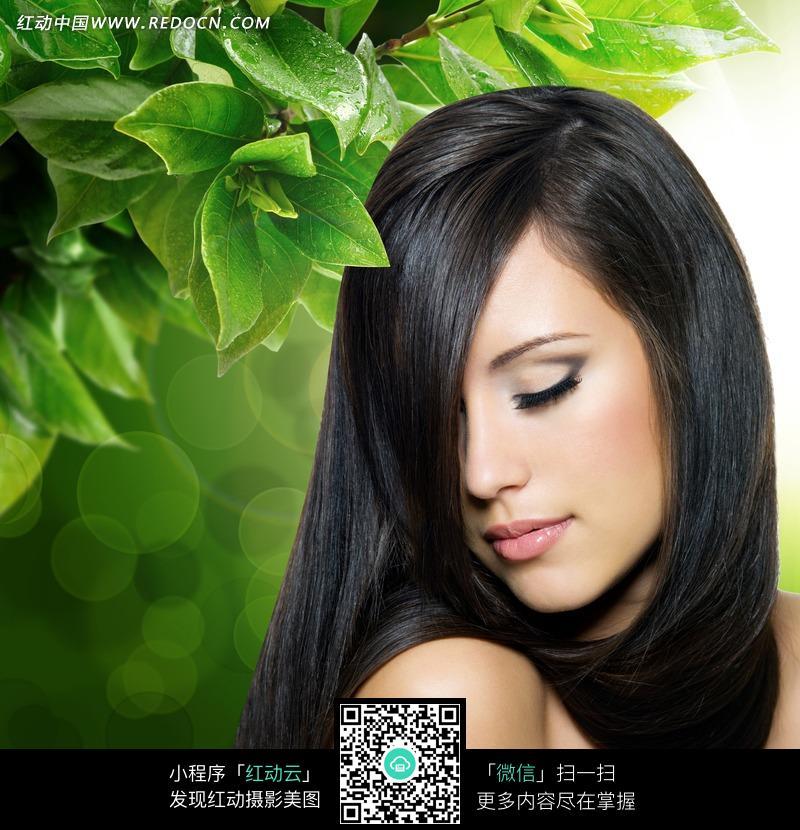 黑色长发美女图片图片编号:1106381