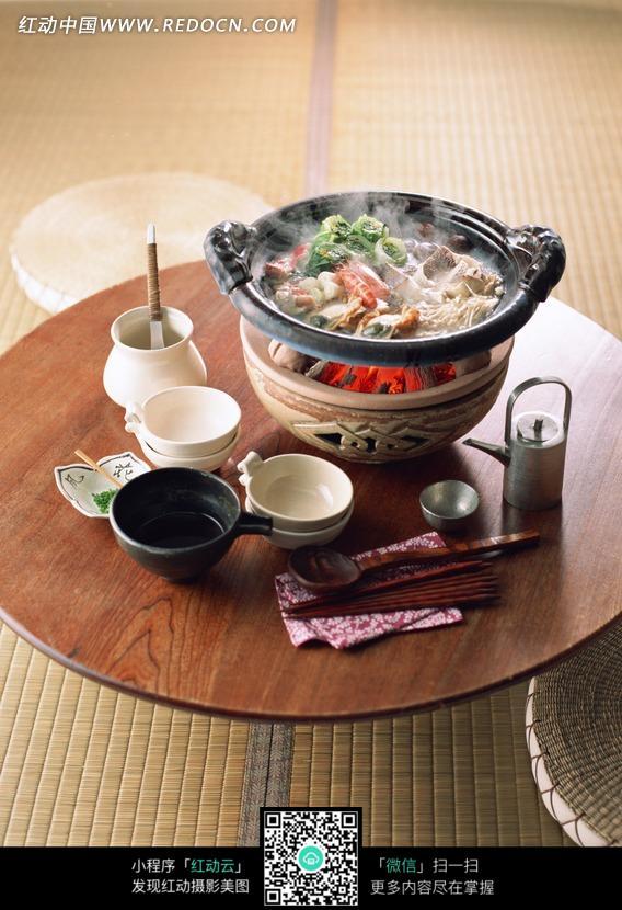 龙虾木炭火锅图片 1141451 外国美食