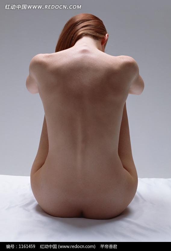 坐着的外国裸体美女背面图片设计图片