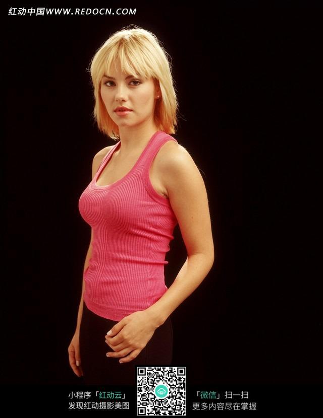 穿粉色背心的外国美女图片 人物图片素材|图片