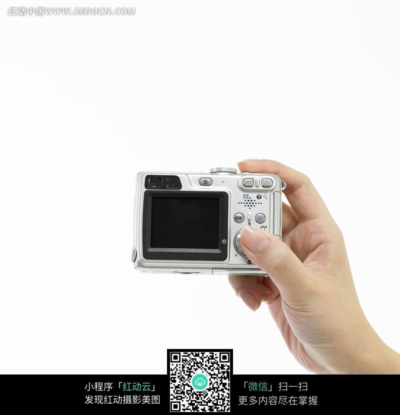 用数码相机拍的照片转到手机里说图片太大 怎么搞