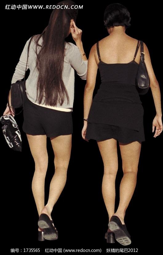 两个背着包包走路的美女背影图片(编号:1735565)